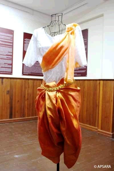 Asian traditional textiles museum- image6