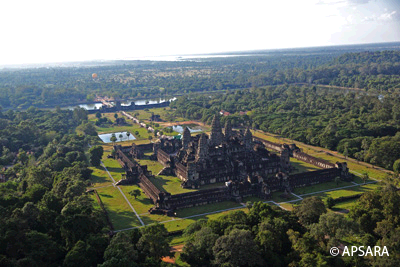 Angkor Wat, Churning of Milk Ocean at Victory Gate, Thommanon, Chau Say Tevoda, Banteay Samre